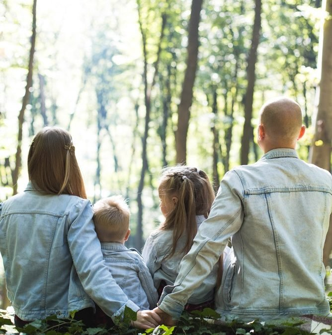 4 Ways To Keep Your Relationship Strong When You Have Kids